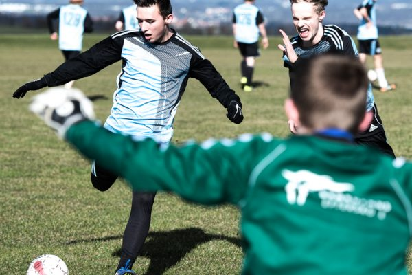 Fodbold-Brøruphus-Efterskole-4-600×400