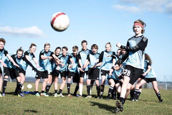 Fodbold-Brøruphus-Efterskole-6-600×400