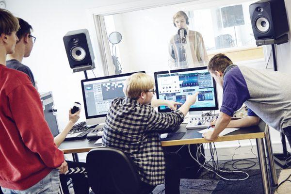 Musik-Brøruphus-Efterskole-6-600×400